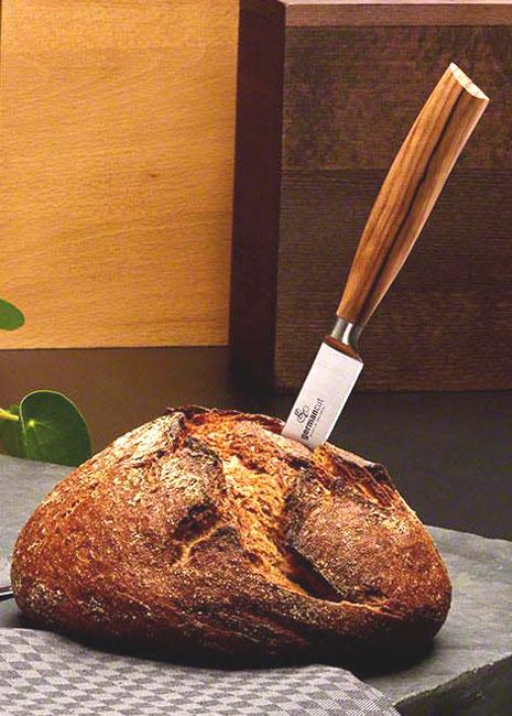 Ein gutes Brotmesser darf nicht fehlen